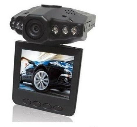 ALphaOne Magyar menüs Autós eseményrögzítő biztonsági kamera -Színes monitorral és éjjellátó funkcióval.