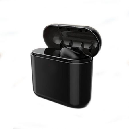 Fekete Pluggy fülhallgató + Ajándék 700Mah Powerbank!! - Apró termék mely remek társ a mindennapokban.